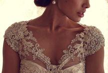 Wedding| Gowns / by Melissa Prado