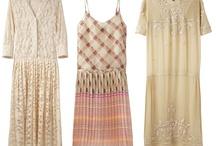 Dresses / by Joan Rae
