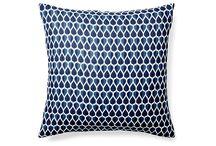 Pillows / by Juliana Michaels