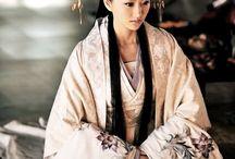 Kimono & Yukata / by Milla