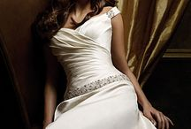 Wedding - Bridal Beauties / by Kim Tallau