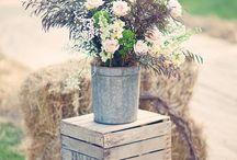 Rustic Wedding Ideas / Wedding inspiration for a rustic themed wedding / by Elli