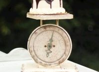Cake Stands To Make / by Trudie Warrington