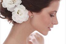 Cabelos - Wedding Hairstyle SuzyCasamenteira Suggestions / #cabelos#wedding hairstyle#cabelos noivas / by Suzy Casamenteira