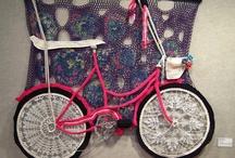 Bikes / by Chloé Fleury