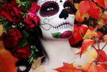 Halloween Makeup / by Julie Anna
