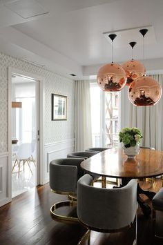 Dining room with tri