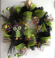 holiday, halloween decor, diy wreath, halloween owl, owl wreath, craft project, halloween wreaths, 3600, mesh