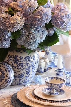 Blue And White Summer Tablescape