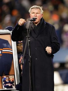 Former Chicago Bears player and coach Mike Ditka