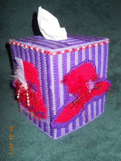 Red Hat Tissue Box Cover in Plastic canvas