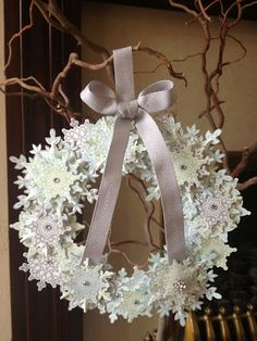 WOW! Winter wreath using the Festive Flurry stamp set and coordinating die set from Stampin' Up!
