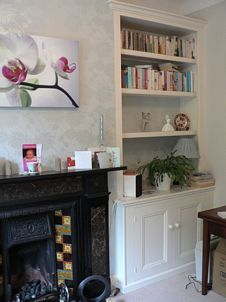 Alcove cupboard & shelves