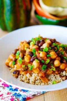 Vegetarian pumpkin curry with quinoa or couscous   #Vegetarian #Healthy #FoodPorn #MeatlessMonday #Pumpkin #EMA
