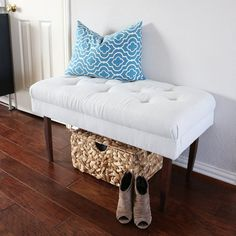Transforming ugly ottomans into pretty benches, can be quite fun! Check out how I did it!