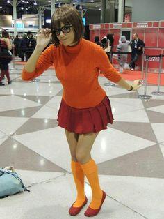 halloween costume ideas, halloween costumes, group costumes, cosplay girl, velma cosplay, velma dinkley, dress up, costum idea, scoobi doo
