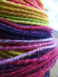 via Cal: I really want to learn how to navajo ply so I can make great self striping yarn like this.