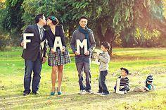 cute family picture idea :)