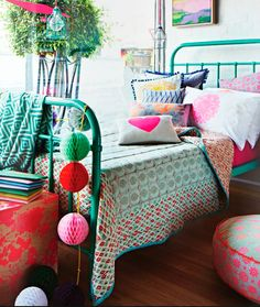 old single wrought iron bed with aqua paint Design Bedroom, Bedrooms Design, Interiors Design, Beds Frames, Design Home, Bedrooms Decor, Bedrooms Colour, Girls Rooms, Kids Rooms