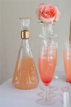 peach belini #weddingcocktails http://www.weddingchicks.com/2013/05/23/romantic-mint-peach-and-gold-wedding-ideas/