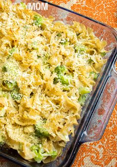 Skinny Baked Mac and Cheese with Broccoli http://www.skinnymom.com/the ...