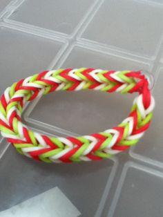 tail bracelet, loom bracelet, band bracelet