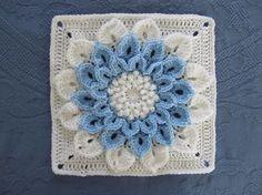 Free Flower Square Pattern: http://www.ravelry.com/patterns/library/the-crocodile-flower ♡ Teresa Restegui http://www.pinterest.com/teretegui/ ♡