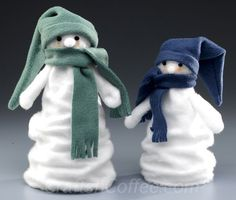 how to make snowman crafts from felt and foam - I think I'd use different materials.