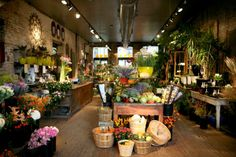 A New Leaf is one of our favorite little flower shops–they have a magical little garden out back. – @Liz Schneider of Sequins & Stripes