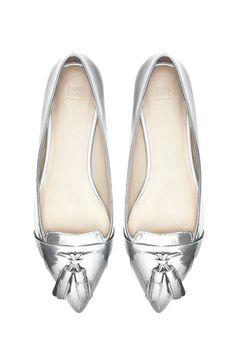 toe, fashion, metal loafer, flat, shoe form, chic style, pointy loafers, happi feet, zara loafer