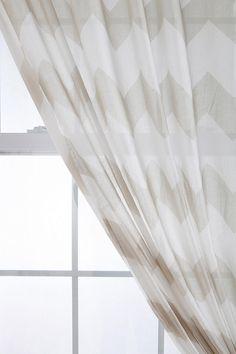 Zigzag Curtain