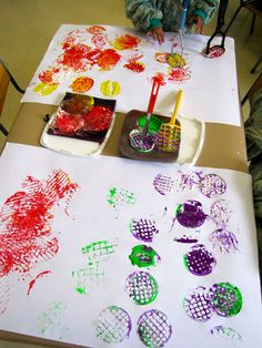 Irresistible Ideas for play based learning » Blog Archive » potato masher prints