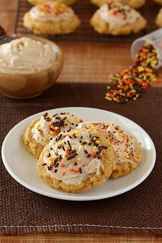 Soft Pumpkin Sugar Cookies with Cinnamon Frosting #CookieWeek