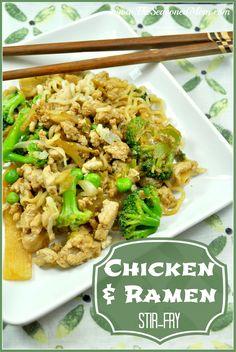Chicken and Ramen Stir-Fry: a fast, easy, and kid-friendly dinner.  www.TheSeasonedMom.com