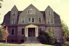 Haunted Stevens Hall at Washington State University || Pretty Lovely. I lived here!