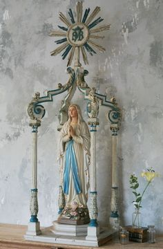 Mary Home Altar  My god i love this one!!!