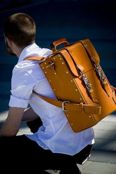 Love the man bag!