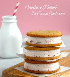 ice cream sandwiches, food, strawberri rhubarb, strawberries, cooki