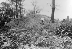 Ghostly Apparitions Described at a Burial Mound That Contained an 8 Foot Human Skeletons. Burial mounds = Paranormal Activity