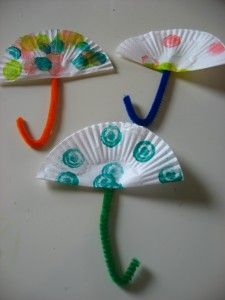 umbrella craft with cupcake liners or can use coffee filters for beach umbrellas