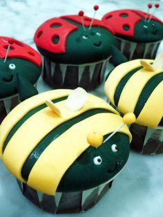 #cupcake #Bee and Ladybug Cupcakes, ladybugs, bee and ladybugs, animal cupcakes, yellow and red cupcakes