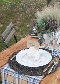 DIY White Gourd Harvest Placesetting, by Erin Souder of House of Earnest.