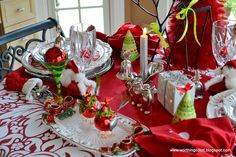 Beautiful Christmas tablescape ~