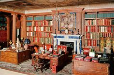 Queen Mary's dollhouse.