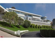 Probably one of the best contemporary homes in Bel Air, California.