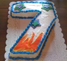 Number 7 birthday cake