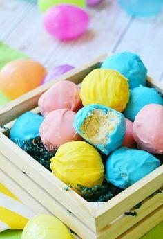 Easter Oreo Truffles | from willcookforsmiles.com #truffles #oreo
