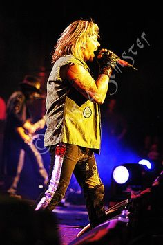 never b4 published photo of Vince Neil on the Motley Crue COS Tour from Detroit Michigan with Mick Mars in Background — with #MickMars, #VinceNeil Official and #MotleyCrue