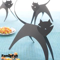 Paper Cats: Our sleek family of construction paper cats is the purr-fect project for little crafters.