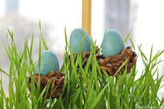 Nesting Eggs Cake Pops